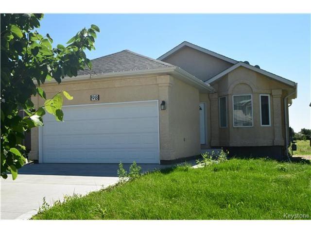 Main Photo: 98 La Porte Drive in Winnipeg: St Norbert Residential for sale (1Q)  : MLS®# 1705880