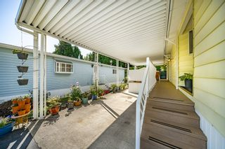 """Photo 35: 2 13507 81 Avenue in Surrey: Queen Mary Park Surrey Manufactured Home for sale in """"Park Boulevard Estates"""" : MLS®# R2460822"""