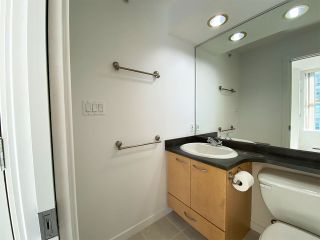 """Photo 9: 1001 989 RICHARDS Street in Vancouver: Downtown VW Condo for sale in """"Mondrian One"""" (Vancouver West)  : MLS®# R2585997"""