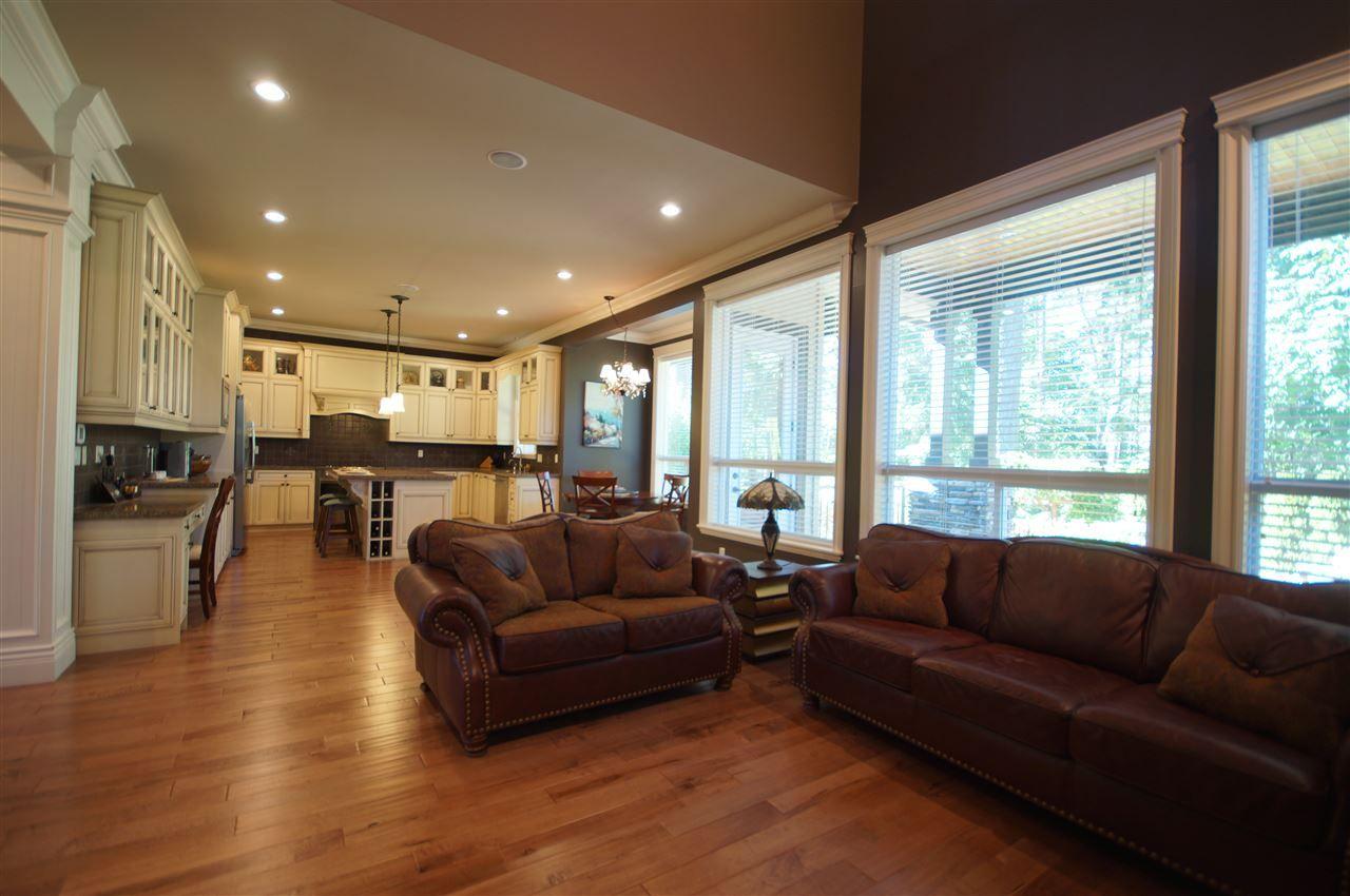 Photo 9: Photos: 16317 26B AVENUE in Surrey: Grandview Surrey House for sale (South Surrey White Rock)  : MLS®# R2492314