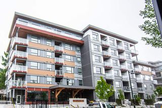 """Photo 2: 111 717 BRESLAY Street in Coquitlam: Coquitlam West Condo for sale in """"SIMON"""" : MLS®# R2370658"""