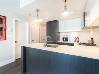 """Photo 11: 303 538 W 7TH Avenue in Vancouver: Fairview VW Condo for sale in """"CAMBIE +7"""" (Vancouver West)  : MLS®# R2332331"""