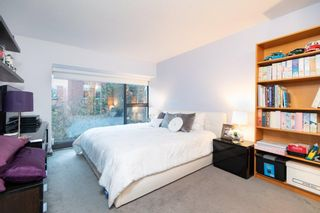 """Photo 10: 602 1177 PACIFIC Boulevard in Vancouver: Yaletown Condo for sale in """"PACIFIC PLAZA"""" (Vancouver West)  : MLS®# R2421306"""