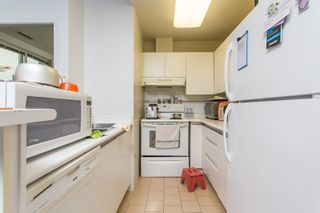 """Photo 10: 1602 989 NELSON Street in Vancouver: Downtown VW Condo for sale in """"The Electra"""" (Vancouver West)  : MLS®# R2431678"""