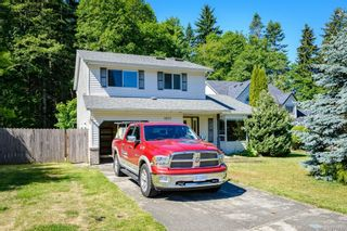 Photo 2: 1623 Hobson Ave in : CV Courtenay East House for sale (Comox Valley)  : MLS®# 876835