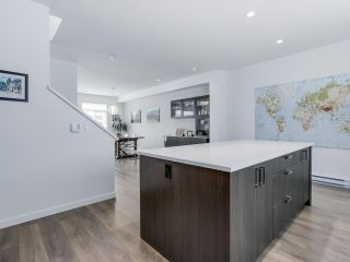 """Photo 6: 15 253 171 Street in Surrey: Pacific Douglas Townhouse for sale in """"Dawson Sawyer - On the Course"""" (South Surrey White Rock)  : MLS®# R2080159"""