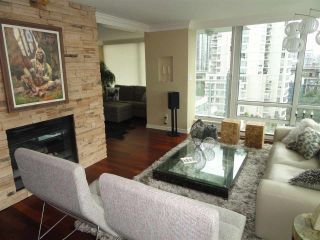 "Photo 2: 1306 1500 HORNBY Street in Vancouver: Yaletown Condo for sale in ""888 BEACH AVENUE"" (Vancouver West)  : MLS®# R2090203"