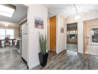 """Photo 2: 101 1351 MARTIN Street: White Rock Condo for sale in """"Dogwood Building"""" (South Surrey White Rock)  : MLS®# R2414214"""