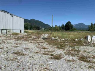 Photo 7: 10708 FARMS Road in Mission: Durieu Agri-Business for sale : MLS®# C8035662