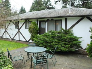 Photo 3: 2509 LAURALYNN Drive in North Vancouver: Westlynn House for sale : MLS®# V1113771