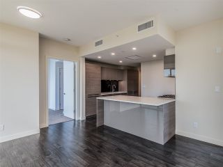 """Photo 7: 1106 6383 MCKAY Avenue in Burnaby: Metrotown Condo for sale in """"Gold House North Tower"""" (Burnaby South)  : MLS®# R2489328"""