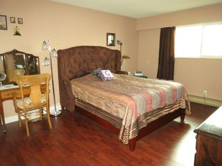 Photo 16: 6431 DAKOTA DRIVE in Richmond: Woodwards House for sale ()  : MLS®# V1110274
