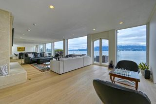 """Photo 11: 3281 POINT GREY Road in Vancouver: Kitsilano House for sale in """"ARTHUR ERIKSON"""" (Vancouver West)  : MLS®# R2580365"""