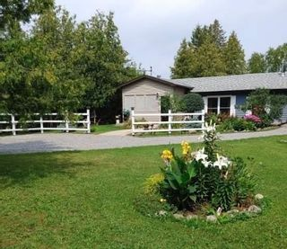 Photo 2: 220 Mcguire Beach Road in Kawartha Lakes: Rural Carden House (Bungalow) for sale : MLS®# X5338564