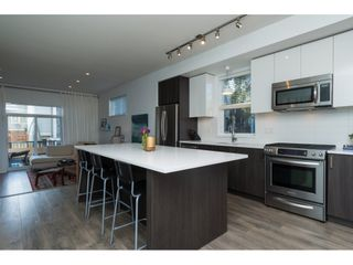 """Photo 8: 25 15128 24 Avenue in Surrey: Sunnyside Park Surrey Townhouse for sale in """"Semiahmoo Trail"""" (South Surrey White Rock)  : MLS®# R2133740"""