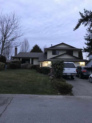"""Photo 1: 12489 78A Avenue in Surrey: West Newton House for sale in """"WEST NEWTON"""" : MLS®# R2446996"""