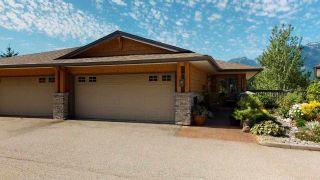 "Photo 2: 7 1024 GLACIER VIEW Drive in Squamish: Garibaldi Highlands Townhouse for sale in ""Glacier View"" : MLS®# R2488109"