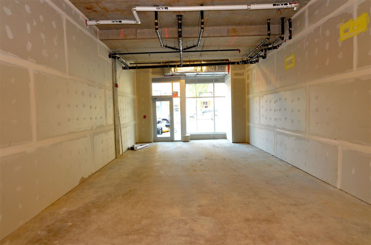 Photo 2: Photos: SL87 148 E HASTINGS Street in Vancouver: Downtown VE Retail for sale (Vancouver East)  : MLS®# C8005560