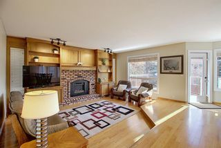 Photo 15: 84 Strathdale Close SW in Calgary: Strathcona Park Detached for sale : MLS®# A1046971