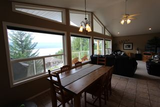 Photo 4: 5277 Hlina Road in Celista: North Shuswap House for sale (Shuswap)  : MLS®# 10190198