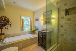 Photo 9: MISSION HILLS House for sale : 3 bedrooms : 3622 Dove Ct in San Diego