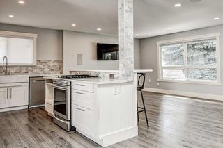 Photo 14: 324 WASCANA Crescent SE in Calgary: Willow Park Detached for sale : MLS®# C4296360
