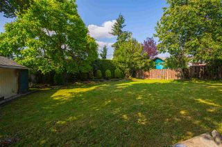 """Photo 20: 15125 CANARY Drive in Surrey: Bolivar Heights House for sale in """"birdland"""" (North Surrey)  : MLS®# R2390251"""