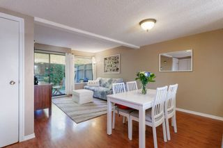 """Photo 10: 905 BRITTON Drive in Port Moody: North Shore Pt Moody Townhouse for sale in """"WOODSIDE VILLAGE"""" : MLS®# R2457346"""