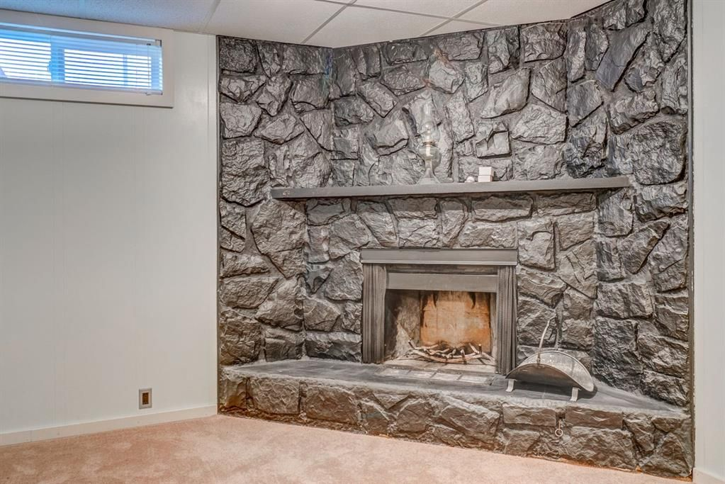 Photo 20: Photos: 499 Canterbury Drive SW in Calgary: Canyon Meadows Detached for sale : MLS®# A1107365