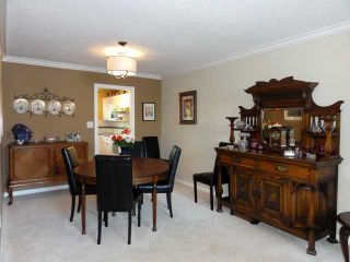 Photo 3: # 120 6109 W BOUNDARY DR in Surrey: Panorama Ridge Townhouse for sale : MLS®# F1411913