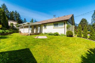 Photo 6: 520 GLENAIRE Drive in Hope: Hope Center House for sale : MLS®# R2576130