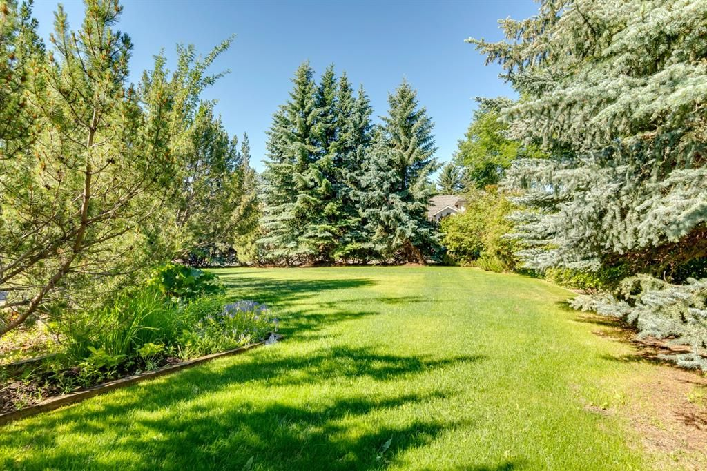 Main Photo: 24 Patterson Bay SW in Calgary: Patterson Residential Land for sale : MLS®# A1149355