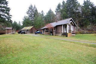 Main Photo: 2024 STEWART ROAD in NANOOSE BAY: House for sale : MLS®# 352119