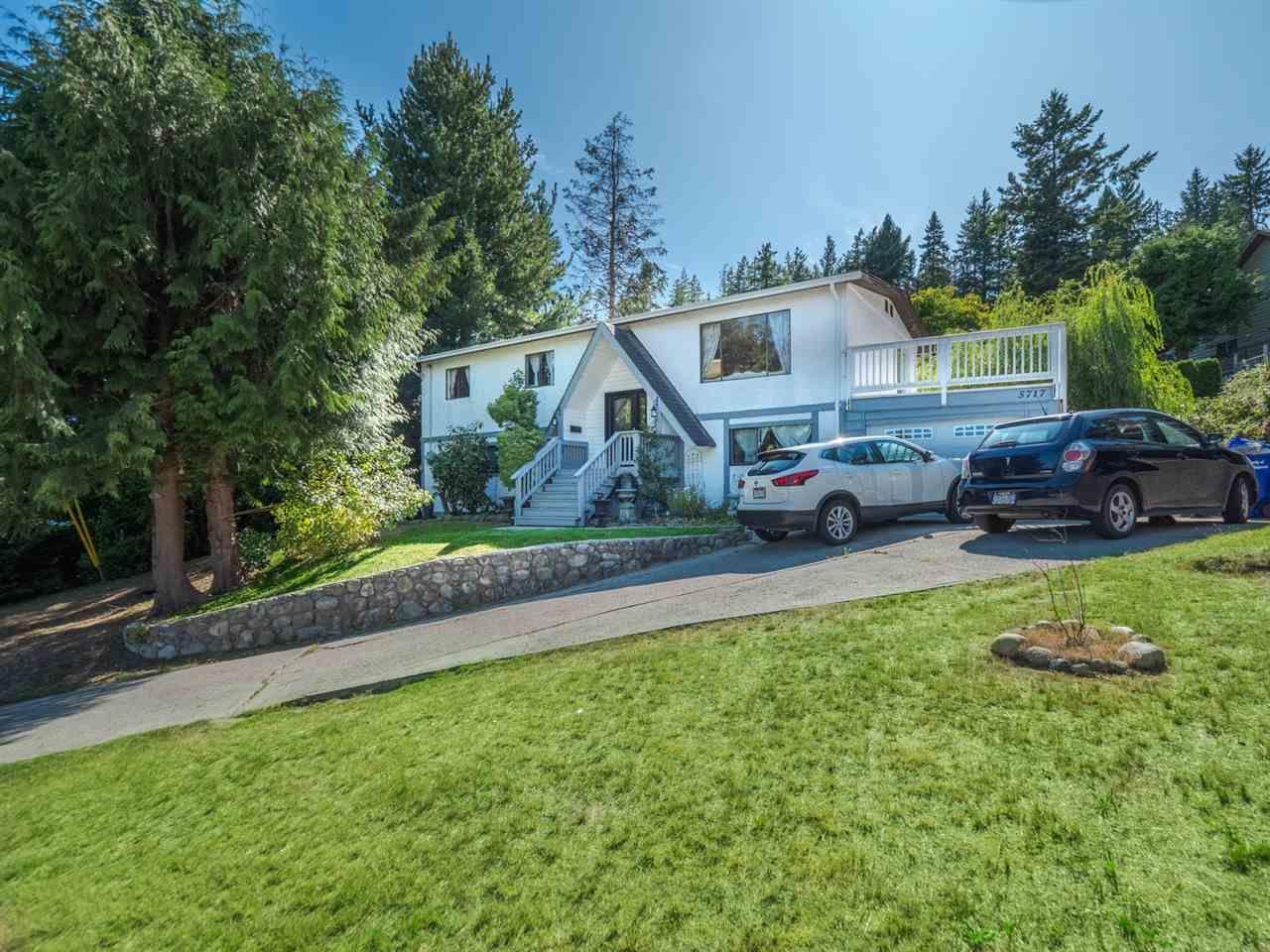 Main Photo: 5717 TRAIL Avenue in Sechelt: Sechelt District House for sale (Sunshine Coast)  : MLS®# R2546289