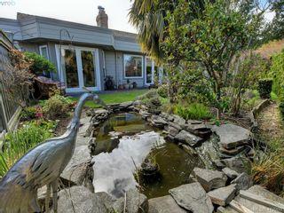 Photo 19: 4647 Lochside Dr in VICTORIA: SE Broadmead Half Duplex for sale (Saanich East)  : MLS®# 818778