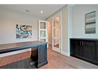 Photo 7: 710 19 Avenue NW in Calgary: Mount Pleasant House for sale : MLS®# C4014701