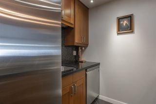"""Photo 7: 309 225 MOWAT Street in New Westminster: Uptown NW Condo for sale in """"THE WINDSOR"""" : MLS®# R2554260"""