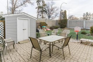 Photo 3: 59 Northumbria Bay in Winnipeg: Windsor Park Residential for sale (2G)  : MLS®# 202106244
