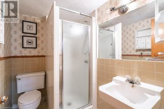 Photo 15: 154 CARLTON Street in St. Catharines: House for sale : MLS®# 40116173