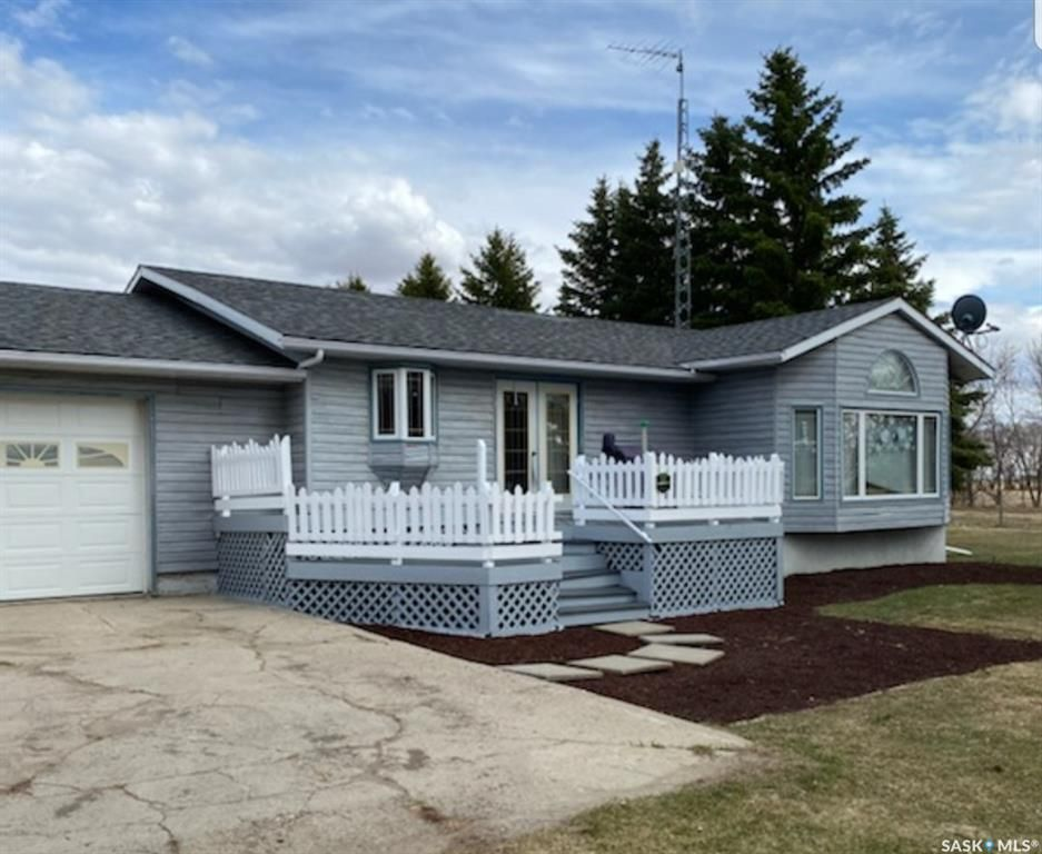 Main Photo: RM of Hillsdale-12.3 acre acreage in Hillsdale: Residential for sale (Hillsdale Rm No. 440)  : MLS®# SK842793
