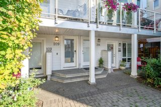 Photo 2: 209 2731 Jacklin Rd in Langford: La Langford Proper Row/Townhouse for sale : MLS®# 885651