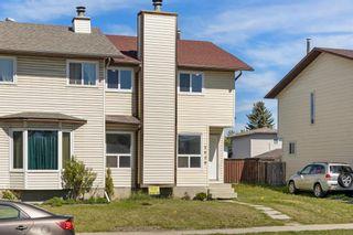 Photo 2: 3920 44 Avenue NE in Calgary: Whitehorn Semi Detached for sale : MLS®# A1115904