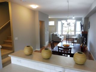 """Photo 11: 100 100 KLAHANIE Drive in Port Moody: Port Moody Centre Townhouse for sale in """"INDIGO"""" : MLS®# R2545285"""