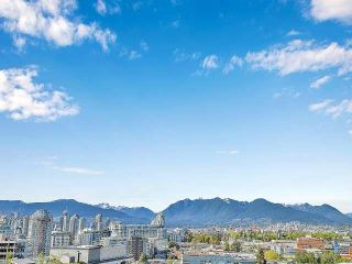 """Photo 26: 369 250 E 6TH Avenue in Vancouver: Mount Pleasant VE Condo for sale in """"District"""" (Vancouver East)  : MLS®# R2578210"""