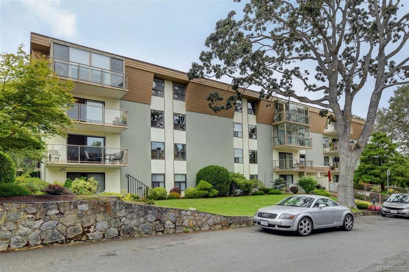 FEATURED LISTING: 108 - 2125 Oak Bay Ave Oak Bay