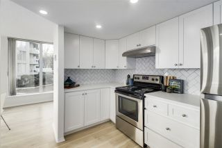 """Photo 6: 405 71 JAMIESON Court in New Westminster: Fraserview NW Condo for sale in """"Palace Quay"""" : MLS®# R2543088"""