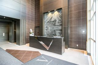 """Photo 3: 2301 2077 ROSSER Avenue in Burnaby: Brentwood Park Condo for sale in """"VANTAGE"""" (Burnaby North)  : MLS®# R2058471"""