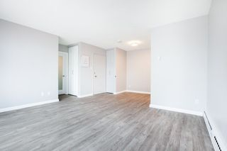 """Photo 5: 702 1219 HARWOOD Street in Vancouver: West End VW Condo for sale in """"CHELSEA"""" (Vancouver West)  : MLS®# R2313439"""