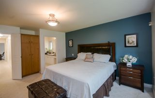 """Photo 3: 7960 GOLDSTREAM Place in Richmond: Broadmoor House for sale in """"MAPLE LANE"""" : MLS®# R2054076"""