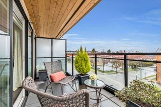 """Photo 8: 402 688 E 18TH Avenue in Vancouver: Fraser VE Condo for sale in """"THE GEM"""" (Vancouver East)  : MLS®# R2448205"""